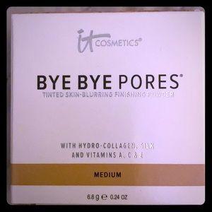It Cosmetics Bye Bye Pores Skin Finishing Powder